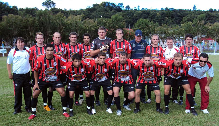 35c9ab6d429c0 Cometa conquista mais uma vitória jogando contra a Associação Viva Vida de  Santiago do Sul. Por. Esporte Clube Cometa