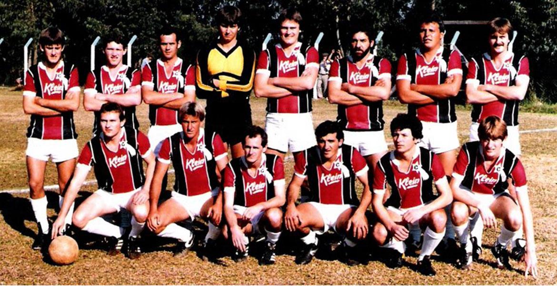 Em pé: Paulo Leonir, Alcione, Leco, Pingo, Zé Louco, Nuna e Kiko. Sentados: Nilo, Feda, Jaime, Jego, Segura e Jair